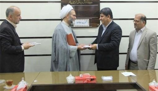 حجت الاسلام و المسلمین موحدی نژاد در جمع دیدار با مسئولین آموزش و پرورش شهرستان بوشهر : اگر در کنار علم و دانش، تربیت نباشد جامعه رو به اصلاح نمی رود